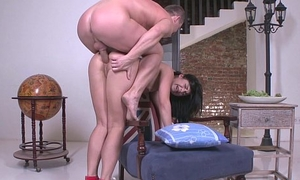 Jessica Lincoln takes a HUGE dick yon her ass like never before.