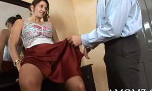 Sex affirmed mommy in a hot personate