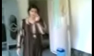 Desi Aunty Fellow-feeling a amour respecting Room video recorded
