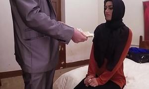 Arab habiba fucked like a spitfire for cash